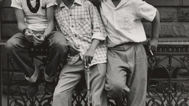 Post-war East Harlem photographed by Leo Goldstein