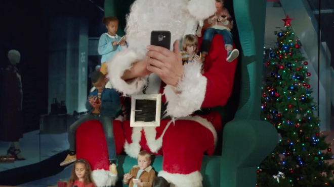 Michel Gondry directs HP's Christmas ad