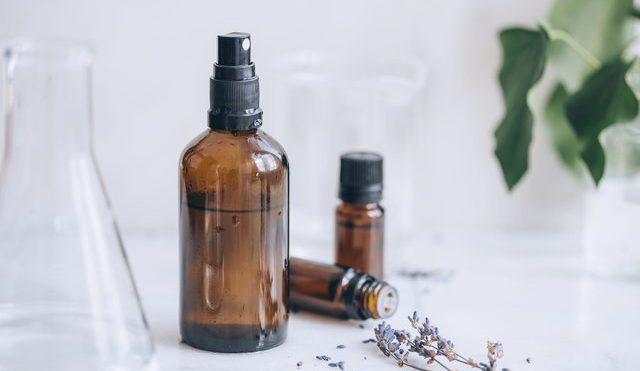 Cleaning Solutions Using Essential Oils | Hunker
