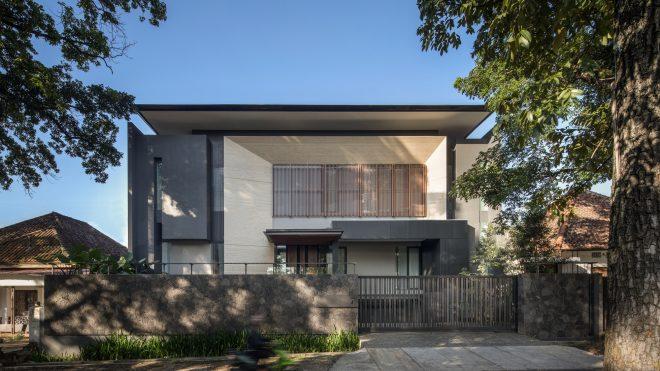 FE House / Rakta Studio