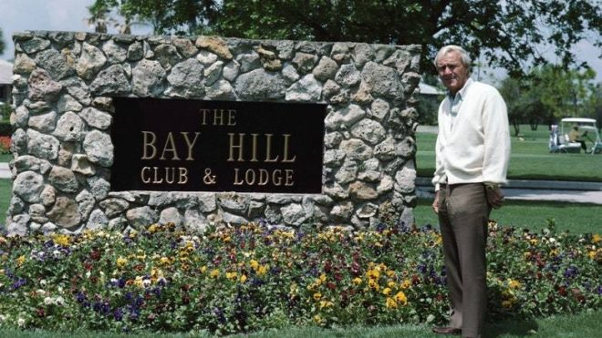What distinguished Arnold Palmer as a golf-course designer
