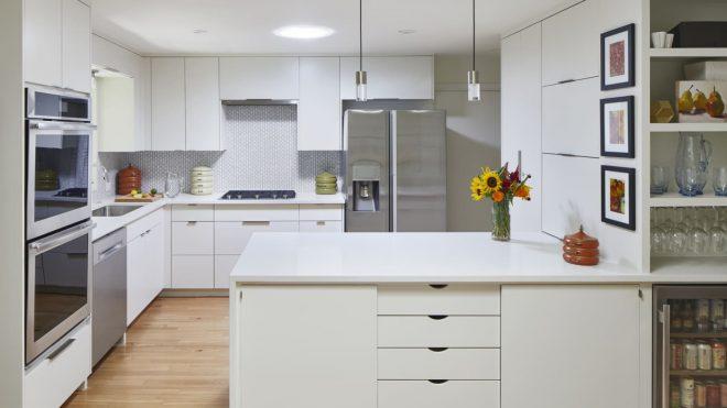 This Tiny Tweak Will Make Your Kitchen Backsplash Look Extra Luxe