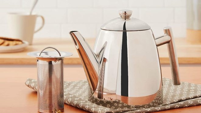 You Need One of These Beautiful High-Quality Metal Teapots