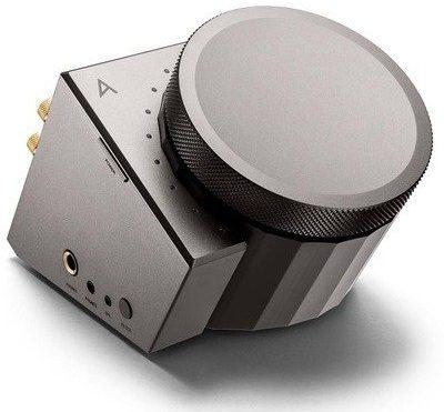 A Beautiful Object: Astell&Kern's ACRO L1000 Desktop Headphone Amplifier - Core77
