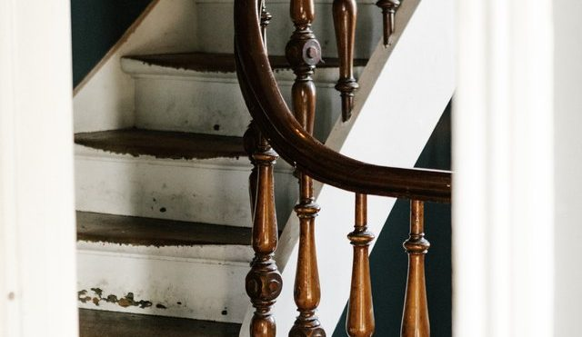 7 Traditional Staircase Ideas That Will Stand the Test of Time | Hunker